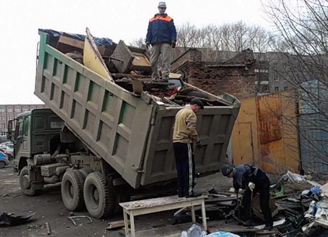 Заказ вывоза крупногабаритного мусора в Московской области